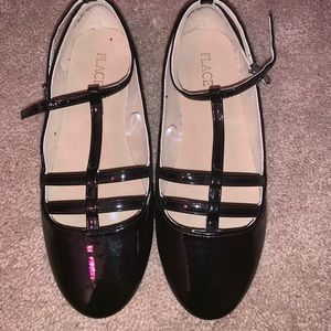 Girl flats with buckle straps